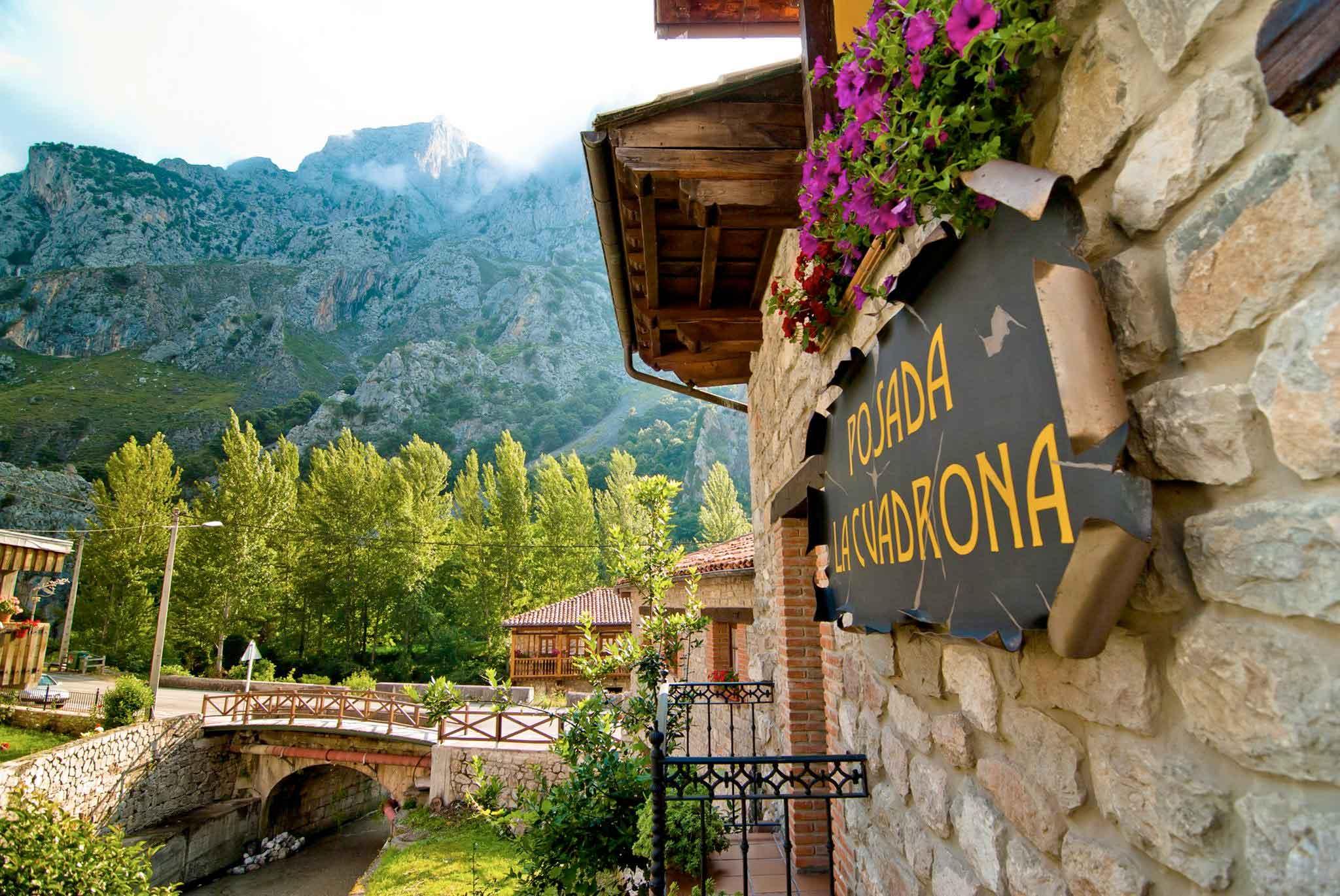 Contacto - Alojamiento en Picos de Europa - Posada La Cuadrona
