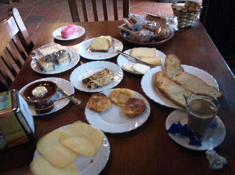 Desayuno - Alojamiento en Picos de Europa - Posada La Cuadrona